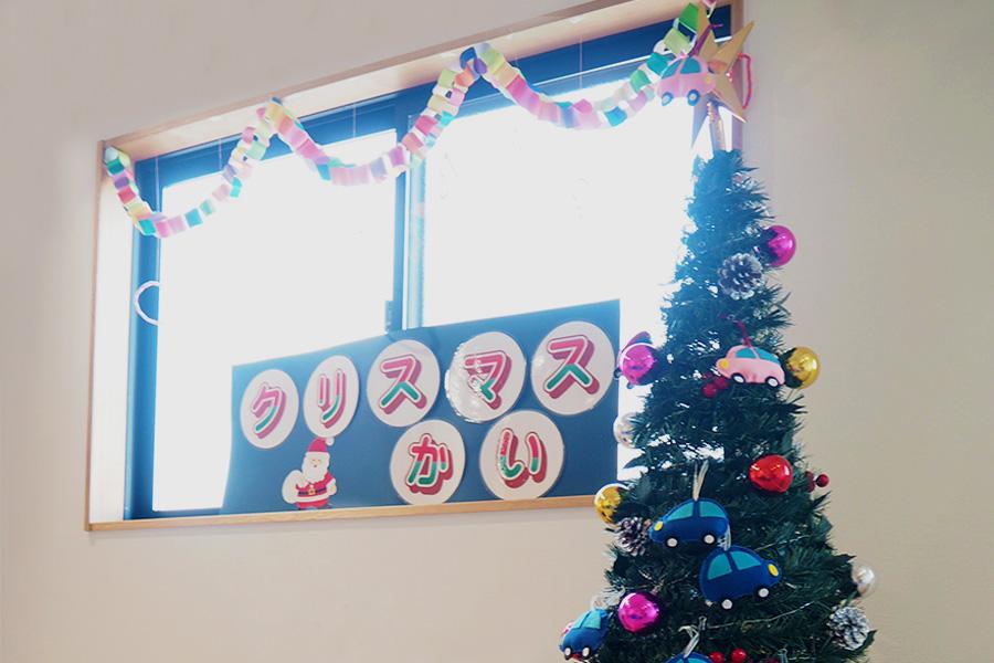 クリスマス会にサンタさん登場!